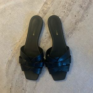 Saint Laurent Flat Tribute Sandal (YSL)